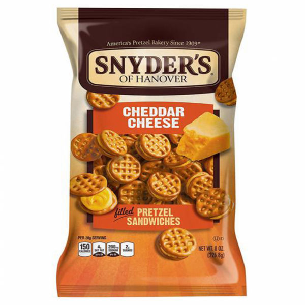Pieces of pretzels SANDWICHES (WITH CHEDER), 60 g.
